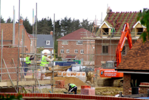 Government welcomes house building boost
